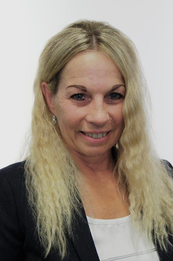 Katrin Ost